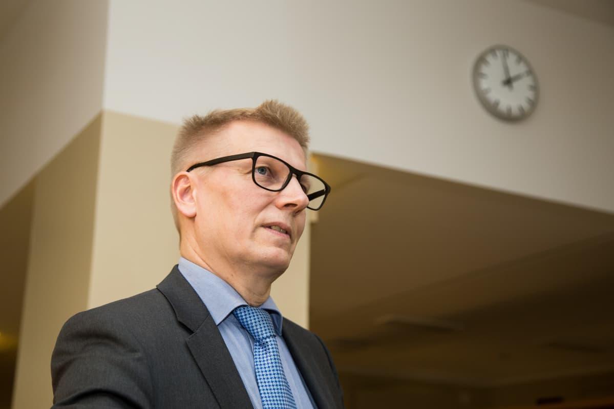 Kimmo Tiilikainen työ- ja elinkeinoministeriössä 4.1.2018.