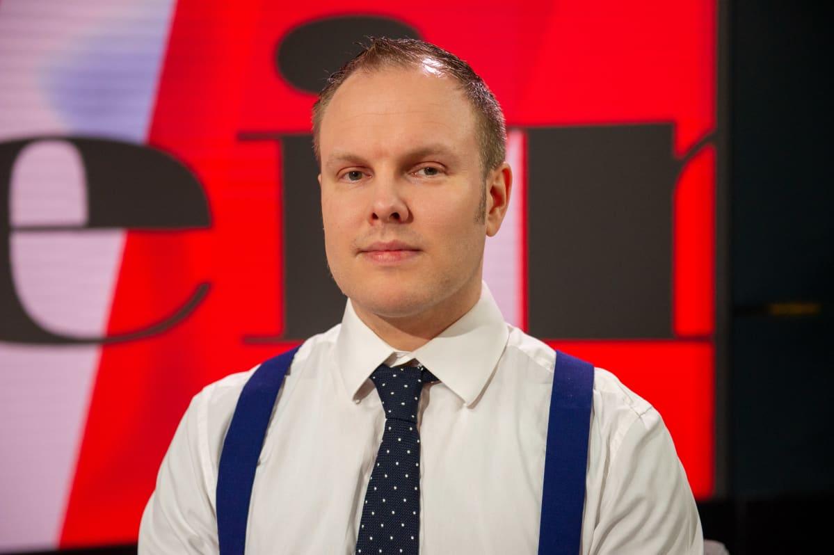 Viimeinen sana ohjelma, vieraana lakimies Jussi Kari. 23.4.2021.