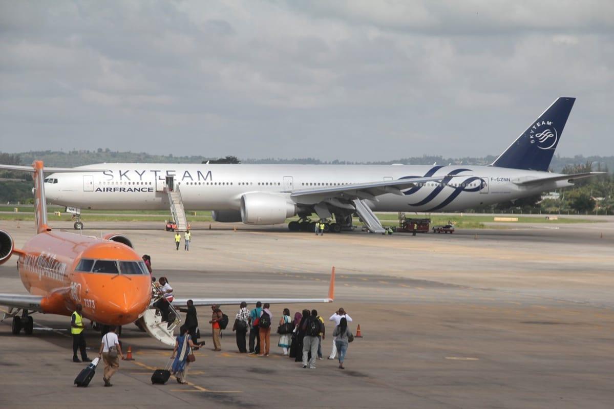 Japanilainen lento yhtiö suku puoli