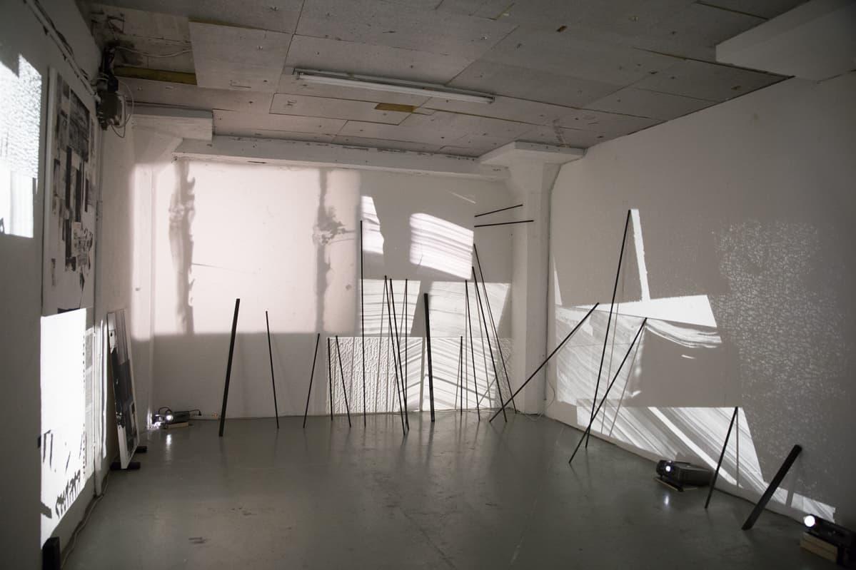 Natalia Kozietin video-installaatio Galleria Huuto