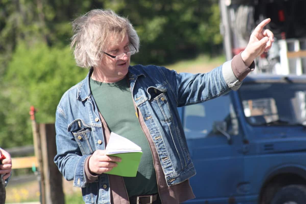 ohjaaja Jukka Mäkinen