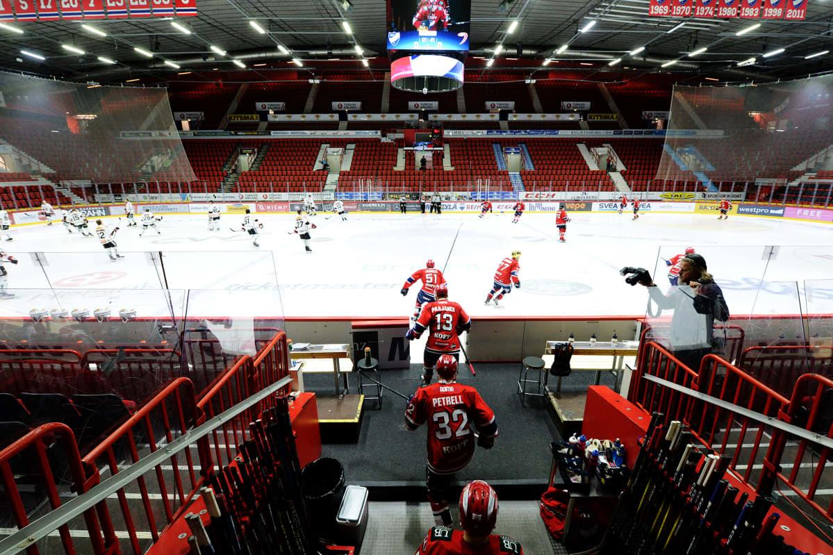 HIFK kohtasi JYPin Helsingissä ilman yleisöä.