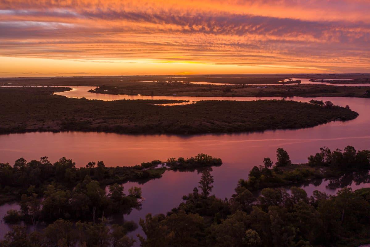 Keski-Uruguayn Rio Negro -joen aluetta