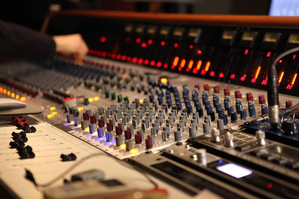 Studio Audion äänipöytä