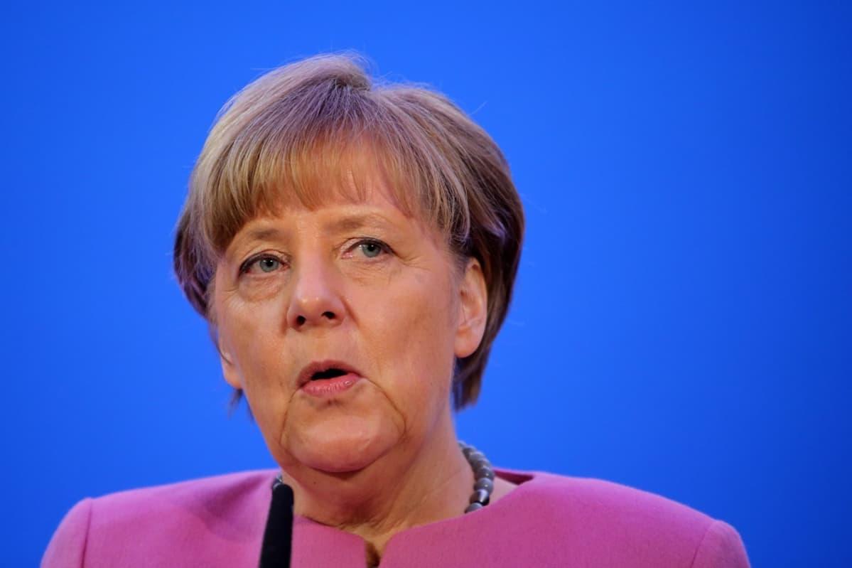 Saksan liittokansleri Angela Merkel puhui uudenvuodenjuhlassa Mainzissa 8. tammikuuta.