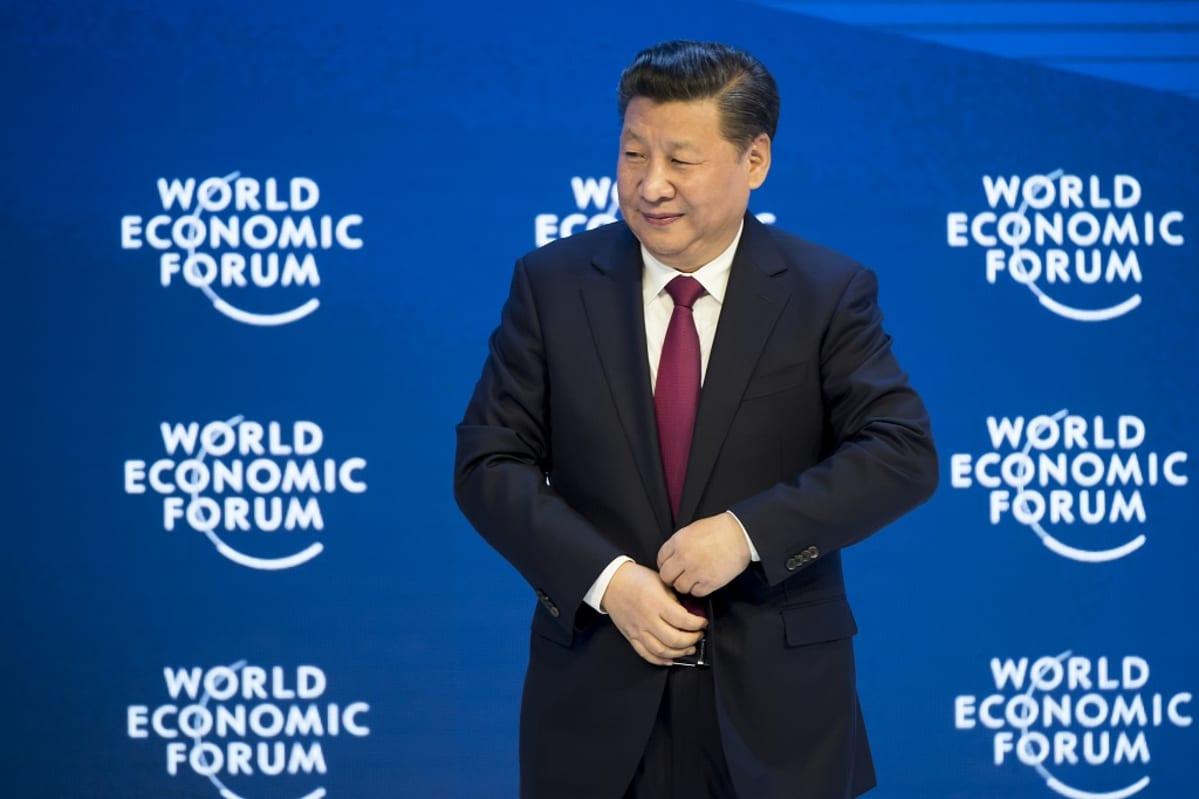 Kiinan presidentti Xi Jinping talousfoorumissa Sveitsin Davosissa.