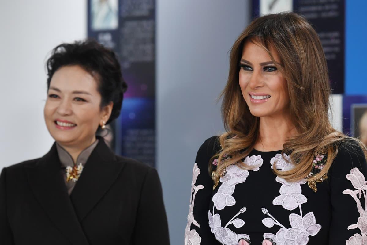 Peng ja Trump lähikuvassa.