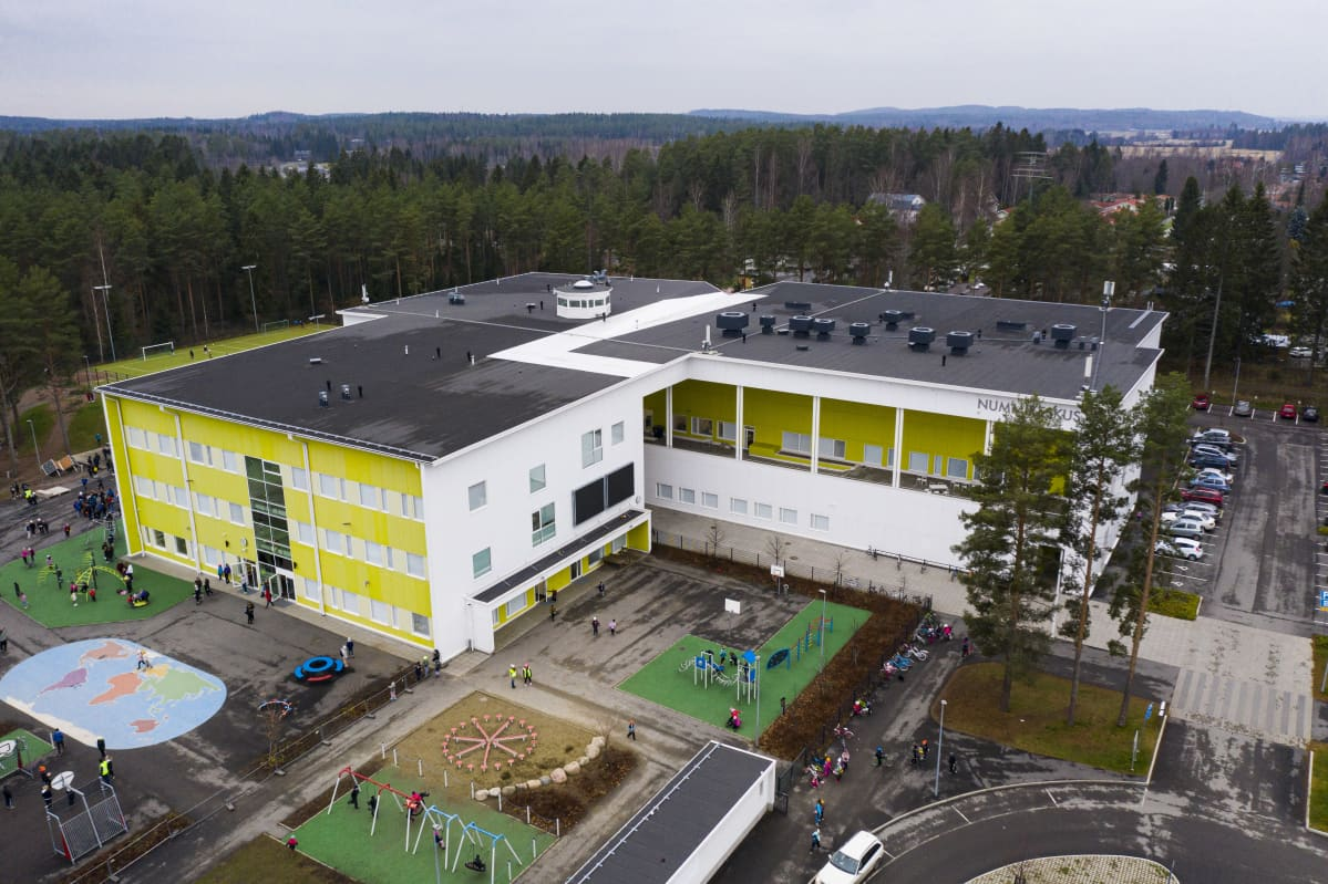 Nummen koulu Hämeenlinnassa.