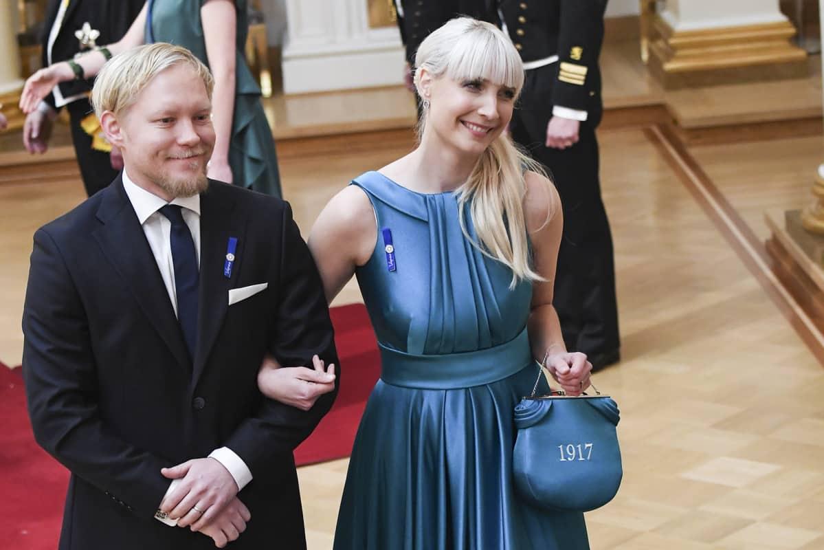Laura Huhtasaari ja Teemu Lämsä.