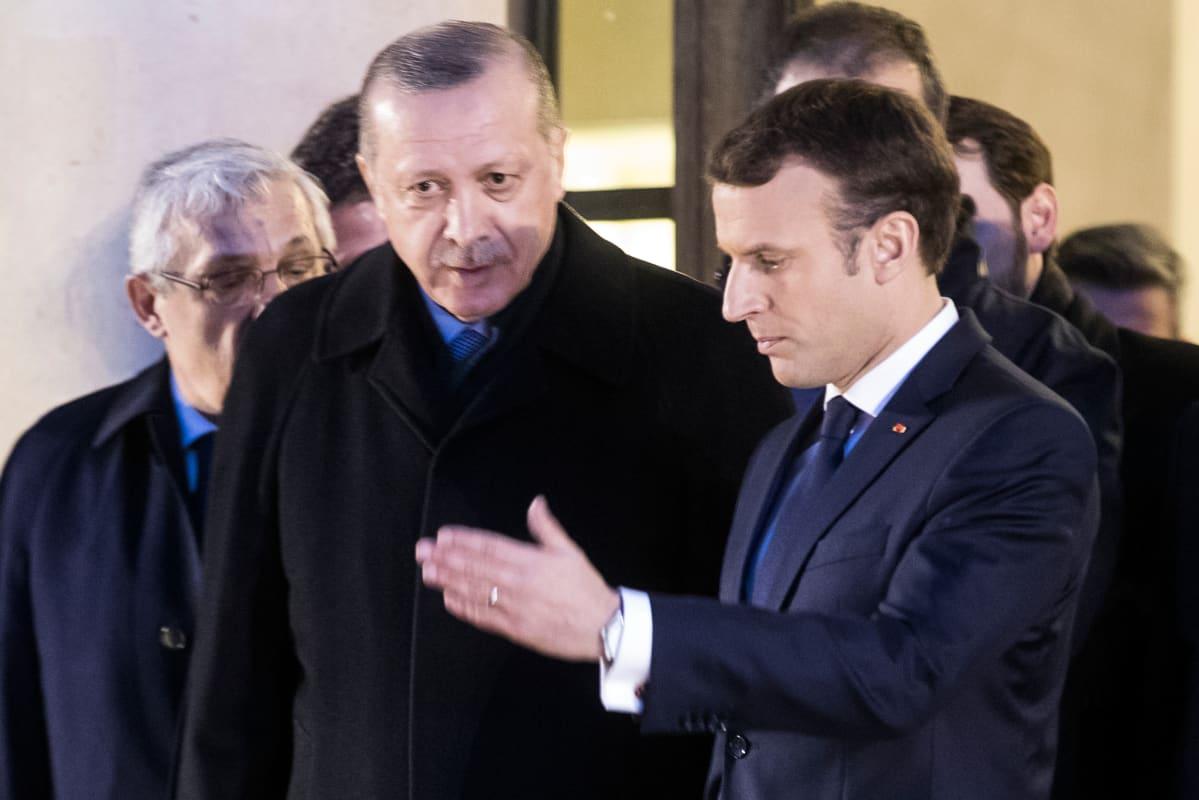 Turkin presidentti Pariisissa