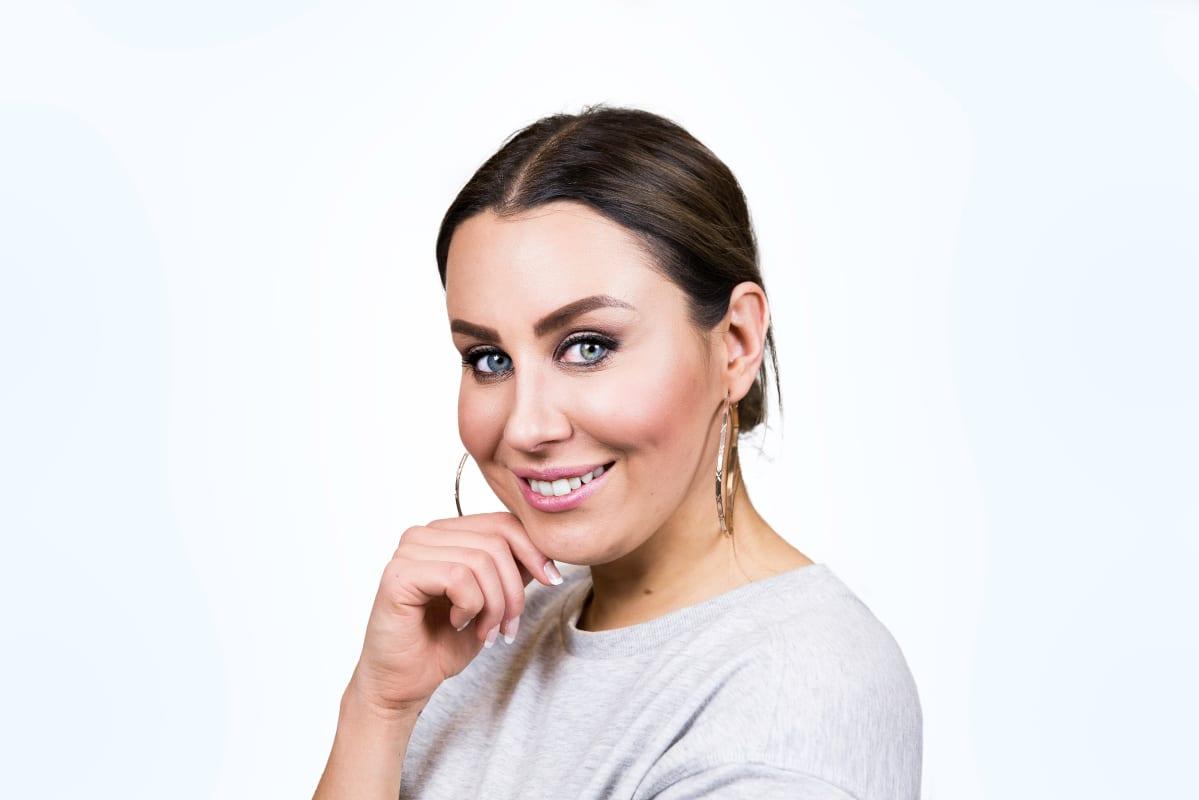 Ylex:n juontaja Alma Hätönen
