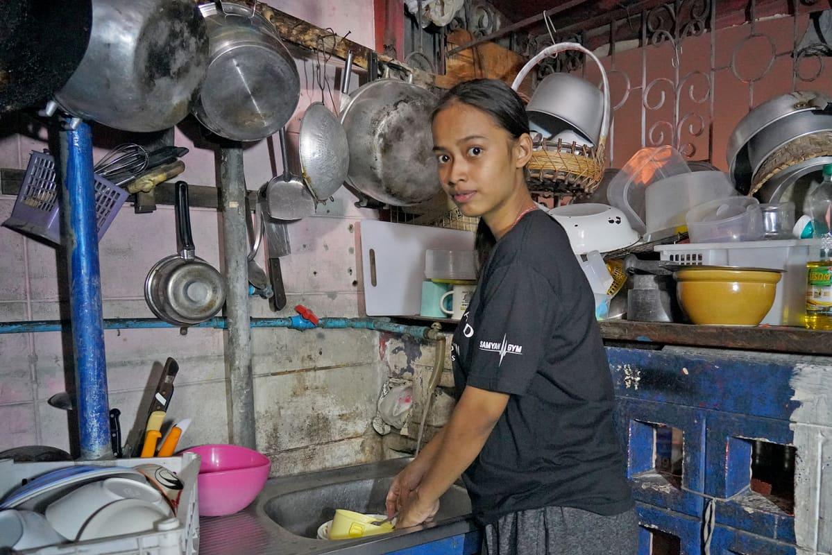 Sunisa Patumman perheelle jää vuokran jälkeen 80 euroa kuussa ruokaan ja muihin menoihin.