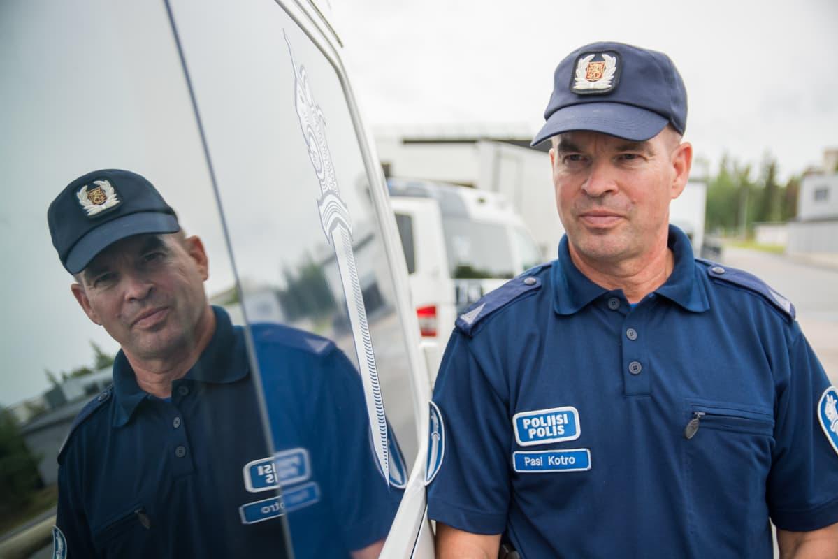 Poliisi ei aina pärjää vain suomella Lapissakaan – Vieraskielisten poliisiopiskelijoiden määrä kasvaa tasaiseen tahtiin