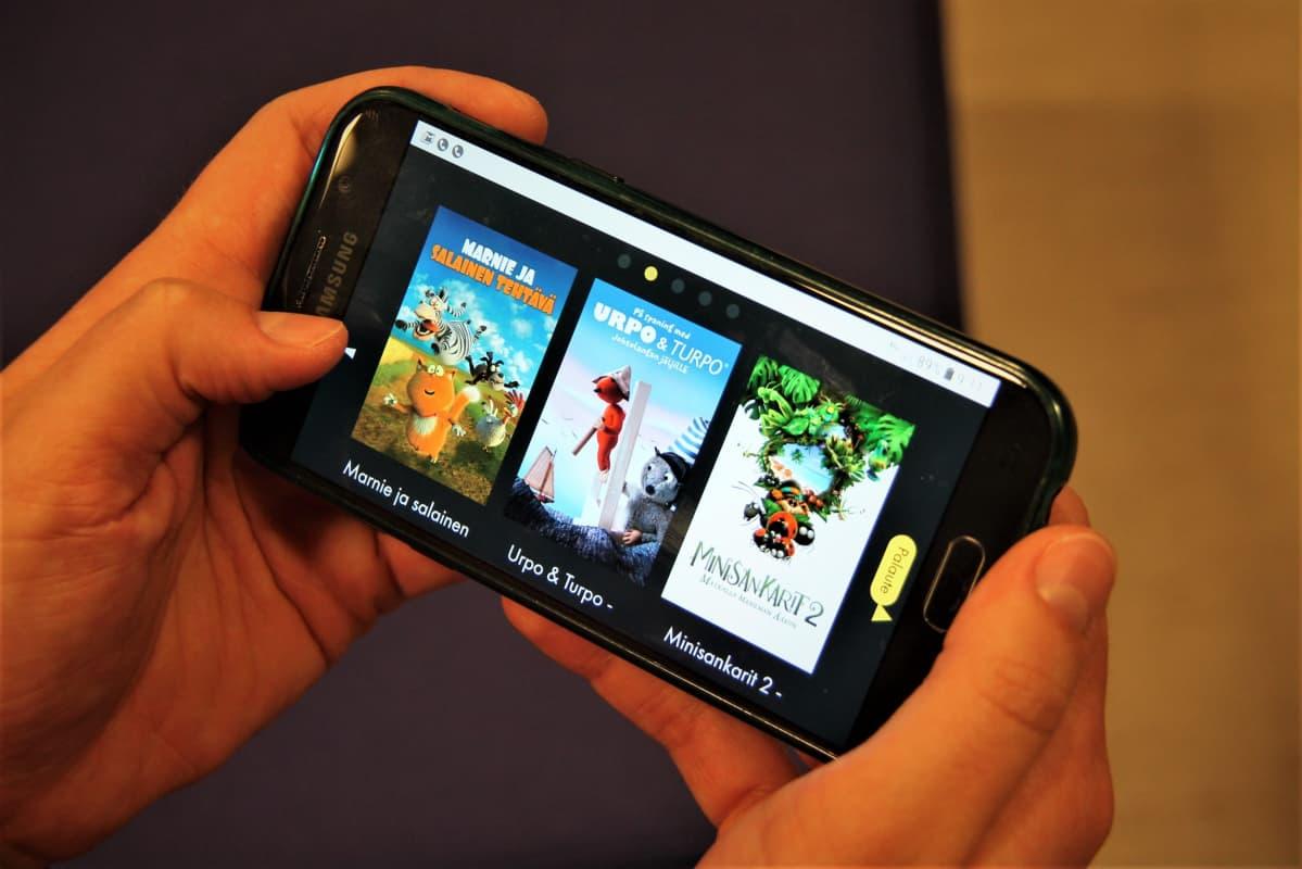 Viddla-videopalvelua katsotaan kännykällä
