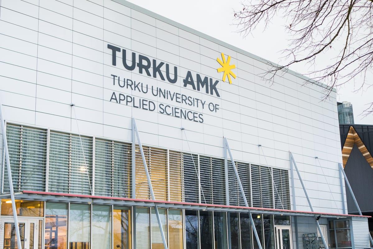 Turun ammattikorkeakoulun logo.
