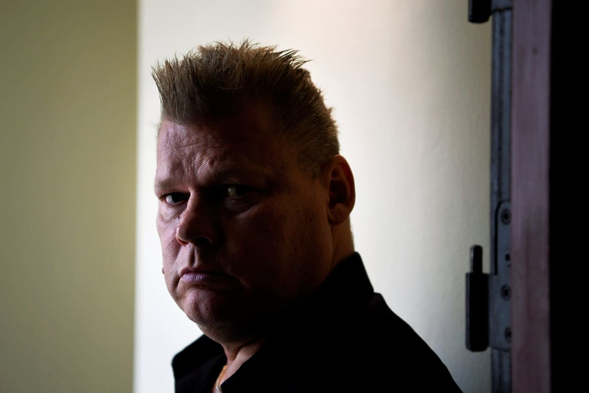 Lauri Johansson hänestä kertovan Late - Suomen pelätyimmän rikollisen tarina -elämäkerran julkistamistilaisuudessa Helsingissä 17. syyskuuta 2020.