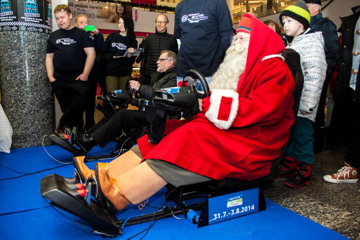 Joulupukki ja Esko Lotvonen
