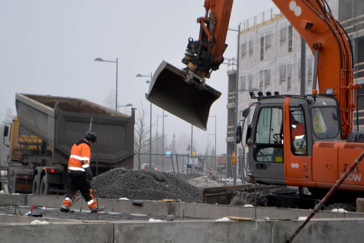 Rakennustyömaa Tampereen Vuoreksessa