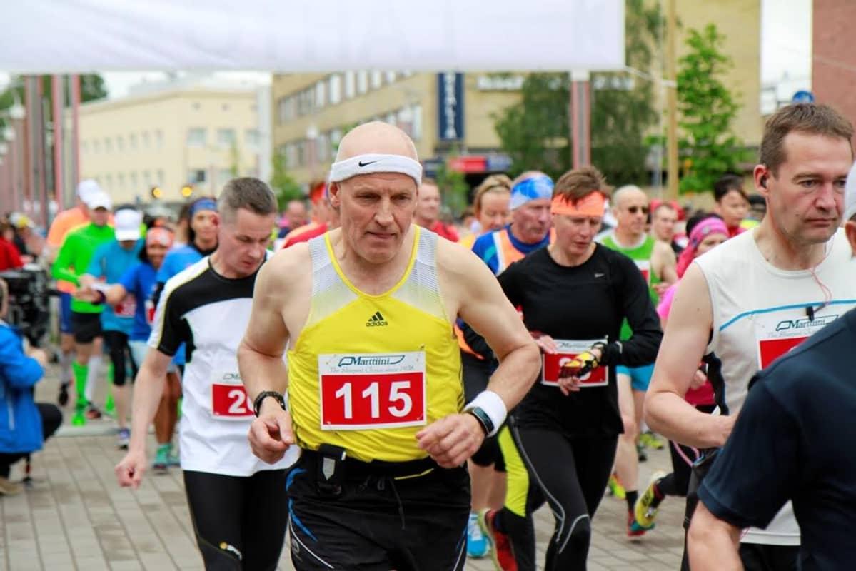 Rovaniemi Marathon juoksijoita