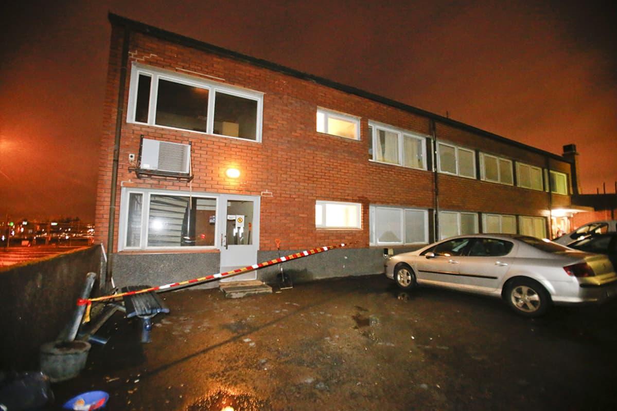 Tampereella Rautaharkon vastaanottokeskus evakuoitiin varhain aamuyöllä tulipalon takia.