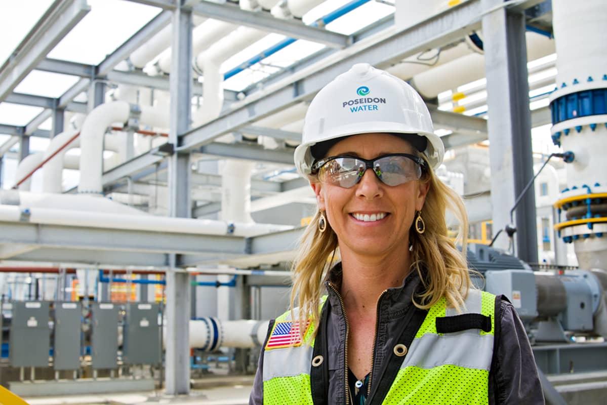 Suolanpoistolaitoksen omistavan Poseidon Water -yhtiön tiedottaja Jessica Jones.
