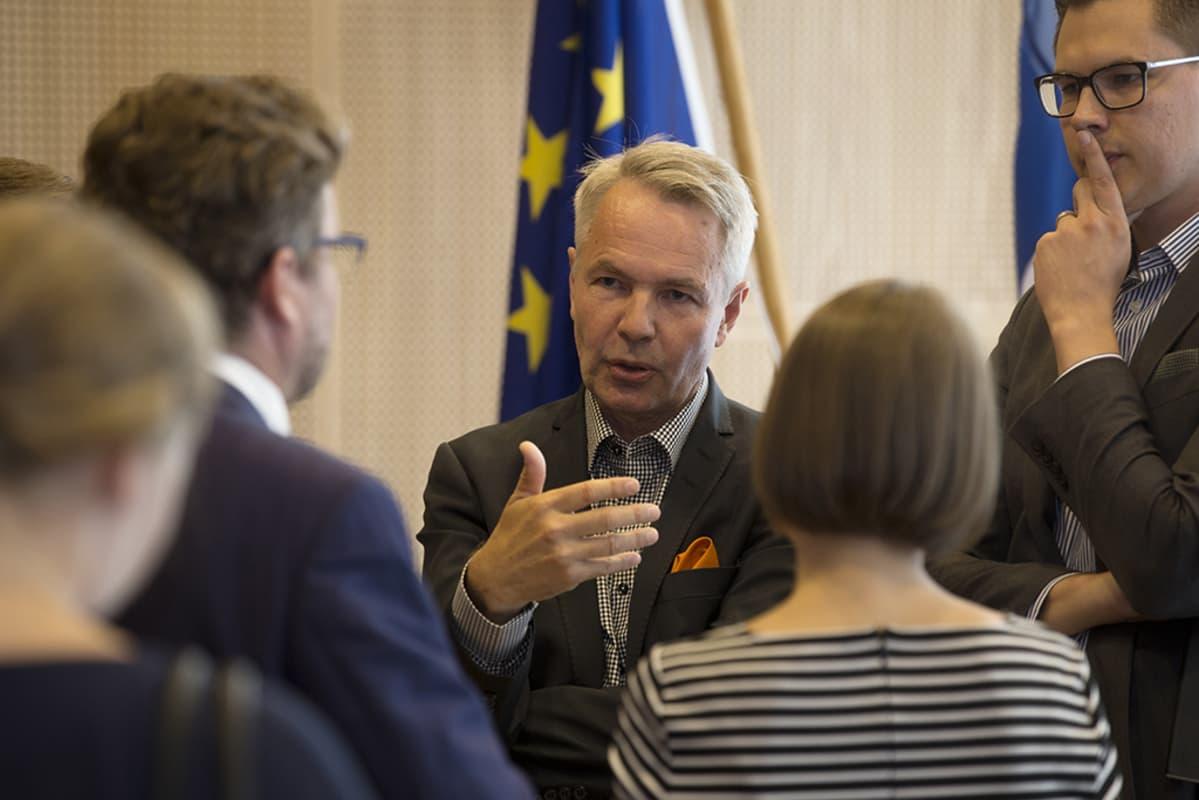 Pekka Haavisto Järistyksiä EUssa -kirjan julkistamitilaisuudessa 11. elokuuta 2016.