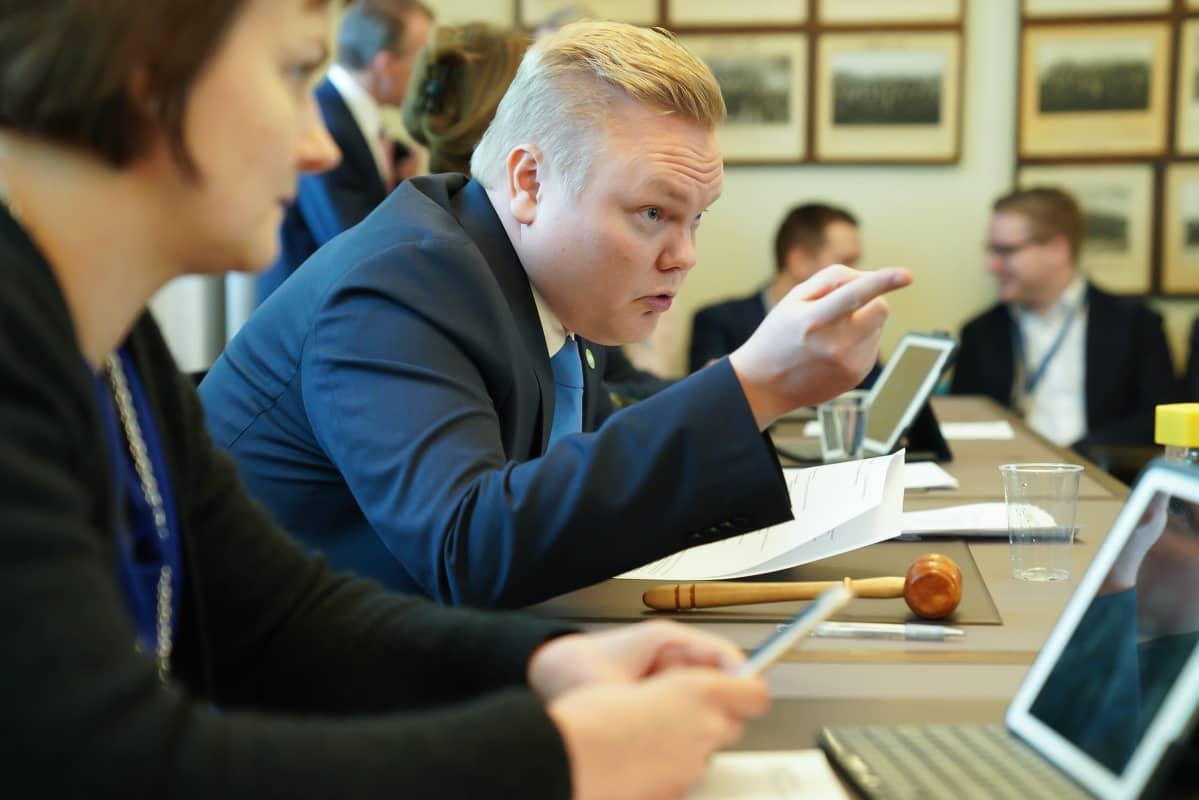 Antti Kurvinen eduskunnassa 5.3.2020