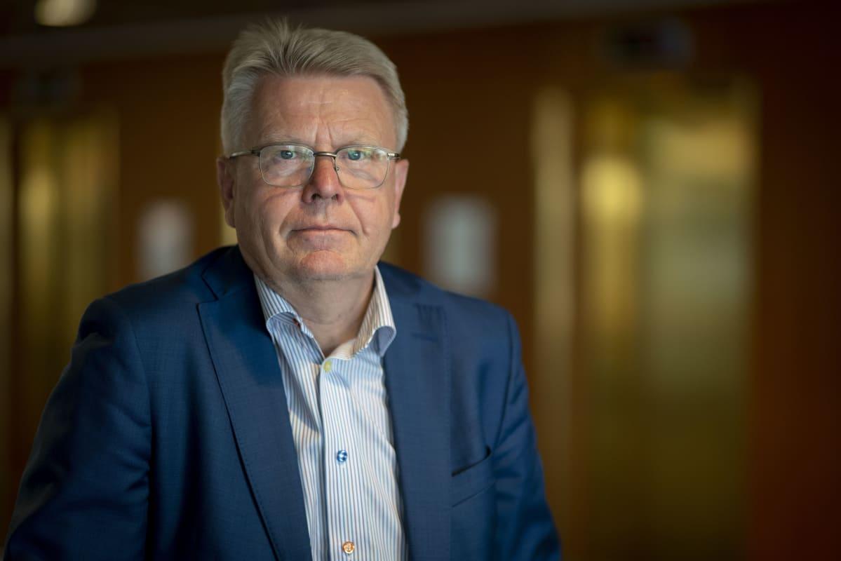Jyri Häkämies EK:n aulassa