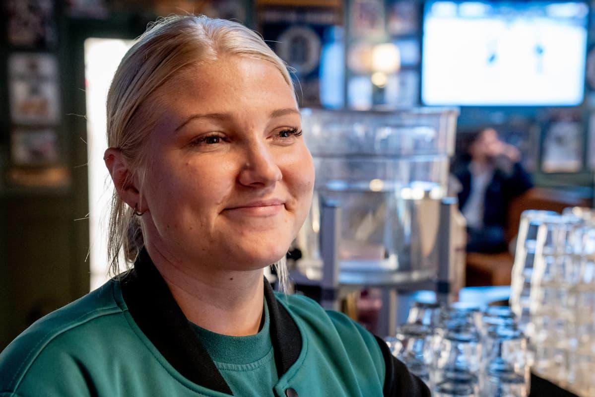 O´Learys ravintolan ravintolapäälikkö Emilia Karlsson