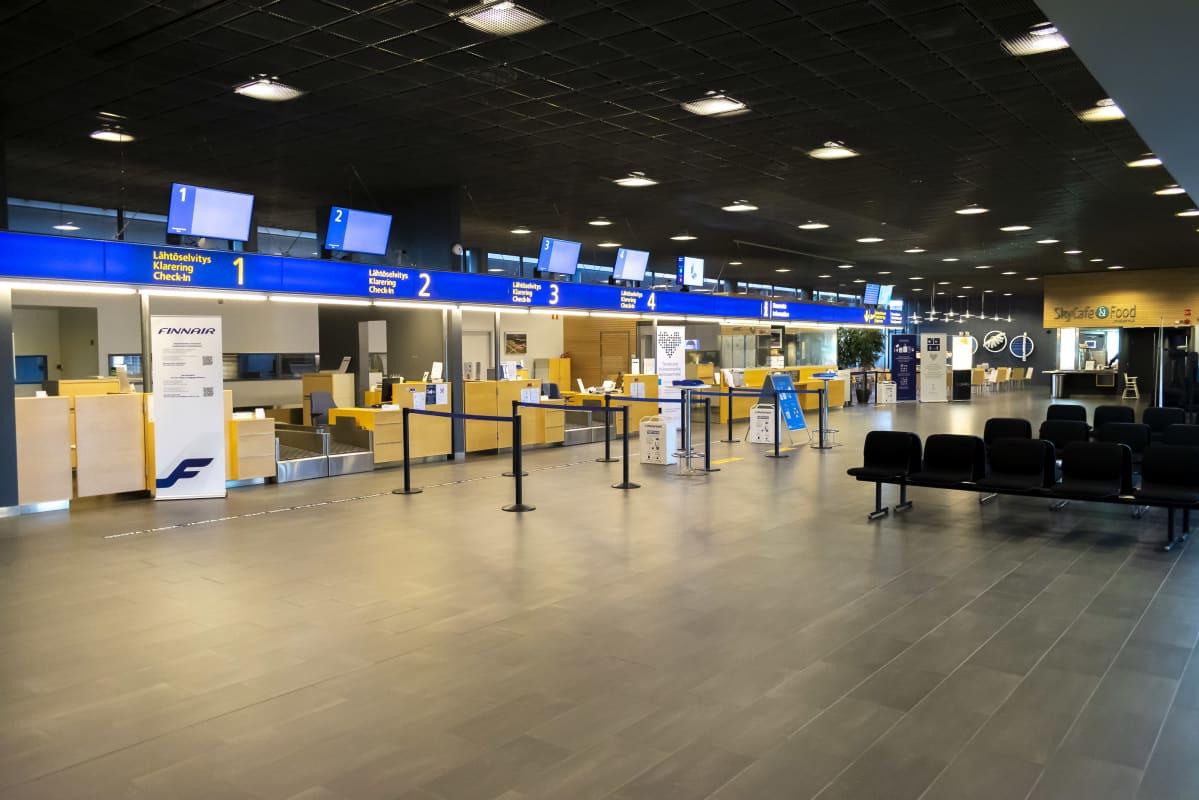 Jyväskylän lentoasema sisältä.