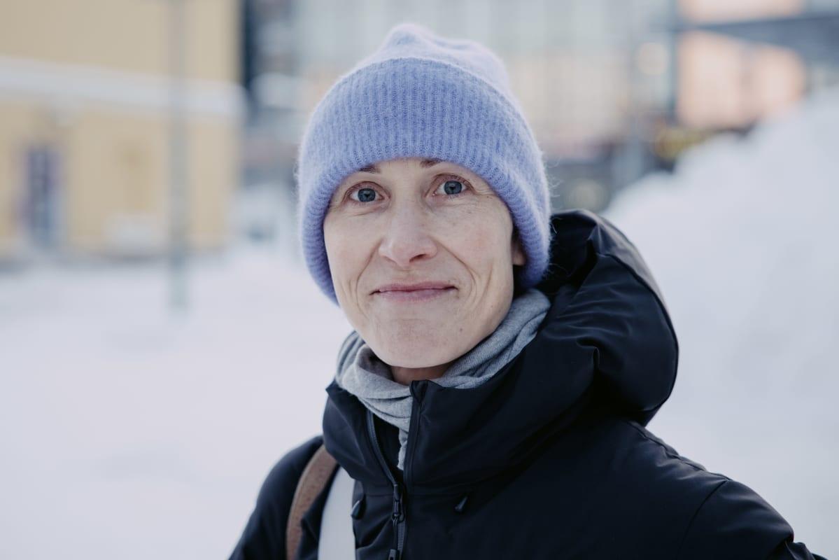 Kuvassa Lotta Kupiainen.