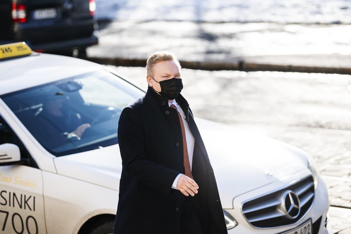 Antti Kurvinen saapui Säätytalolle 23. maaliskuuta.