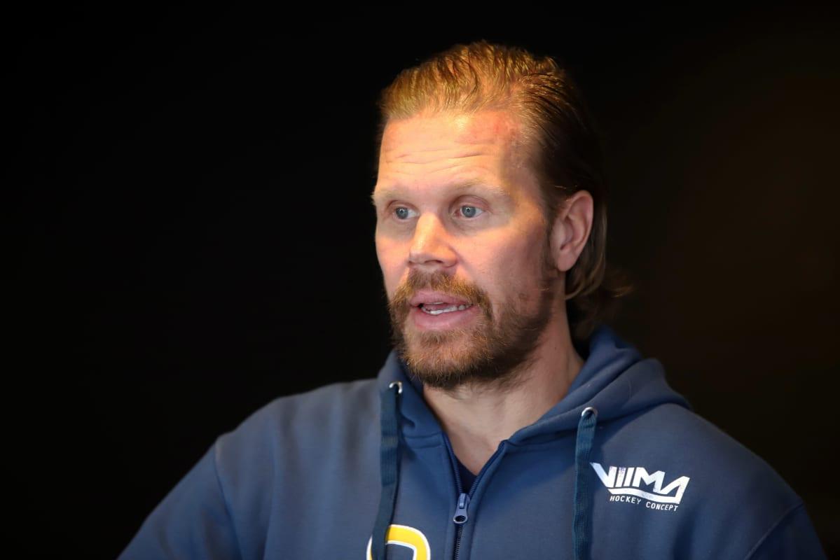 Mikkelin Jukurien päävalmentaja Olli Jokinen.
