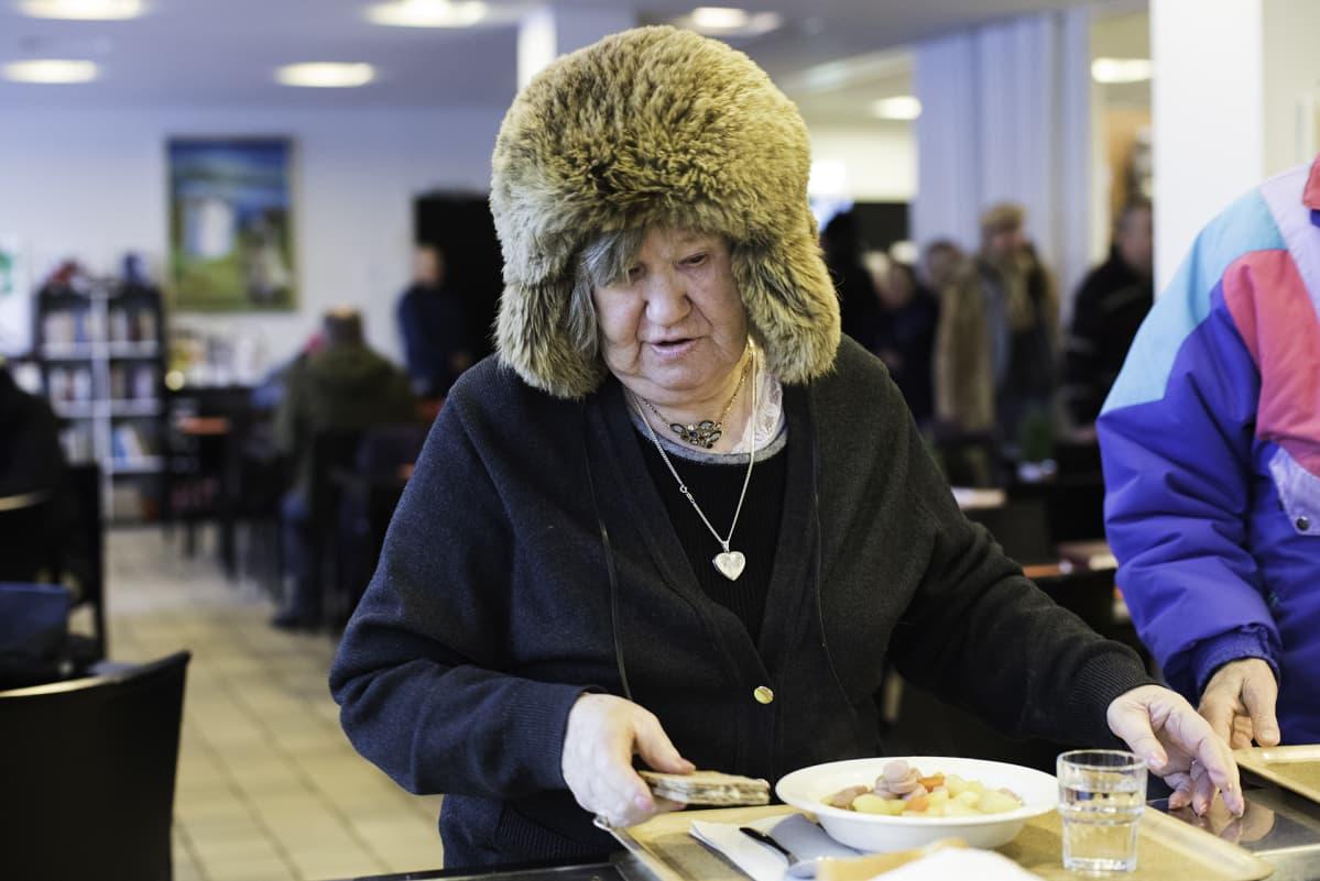 Helsinkiläinen Hilkka Mikkola