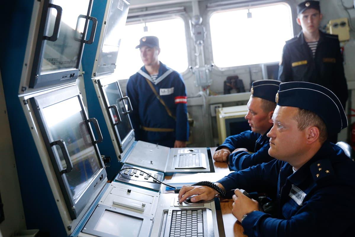 Venäjä laivaston sota-harjoitus Itämerellä.