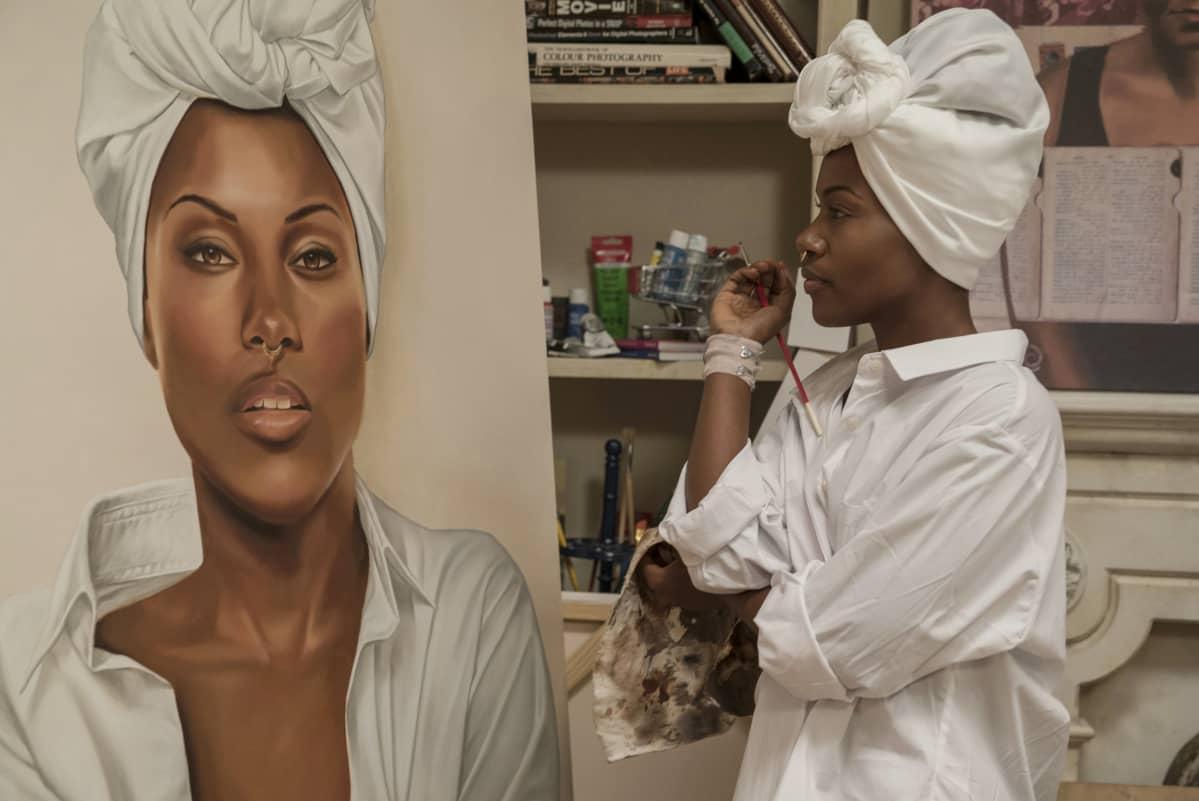 DeWanda Wise näyttelee Spike Leen ohjaamassa She's Got to Have It -sarjassa Nola Darlingia. Sarja perustuu Leen esikoiselokuvaan.