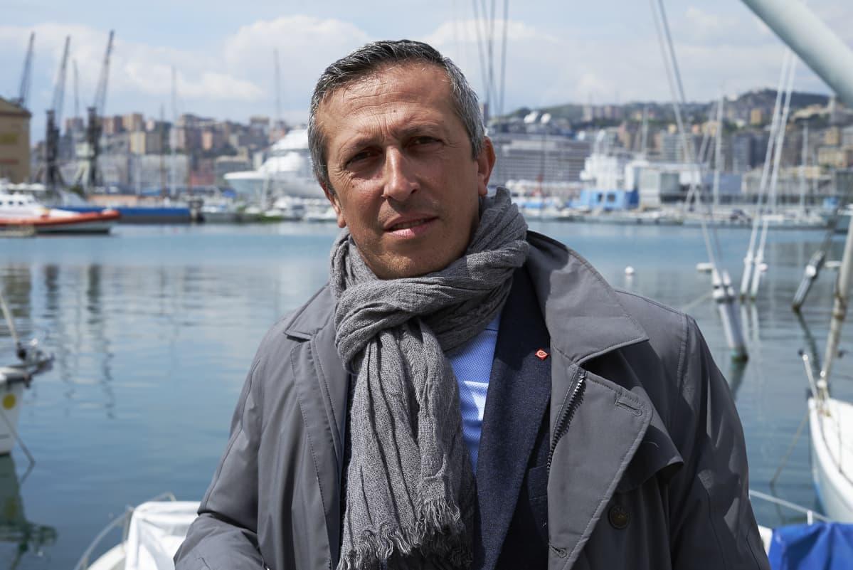 Kuljetusalan ammattiliiton Genovan-pääsihteeri Enrico Poggi