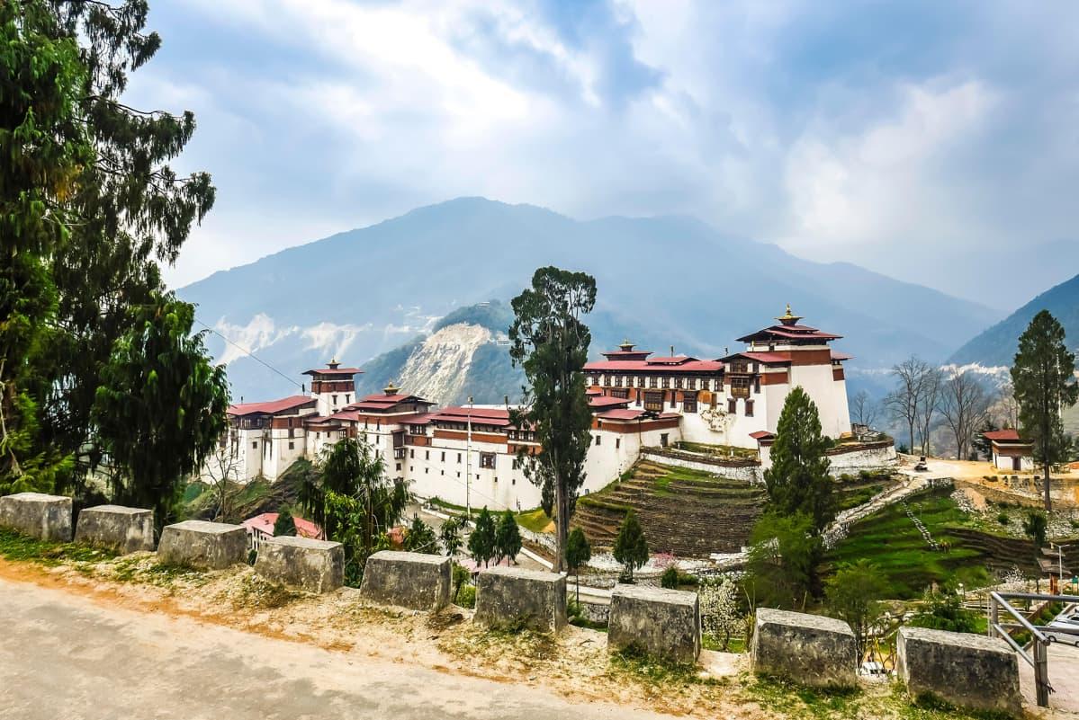 Luostari