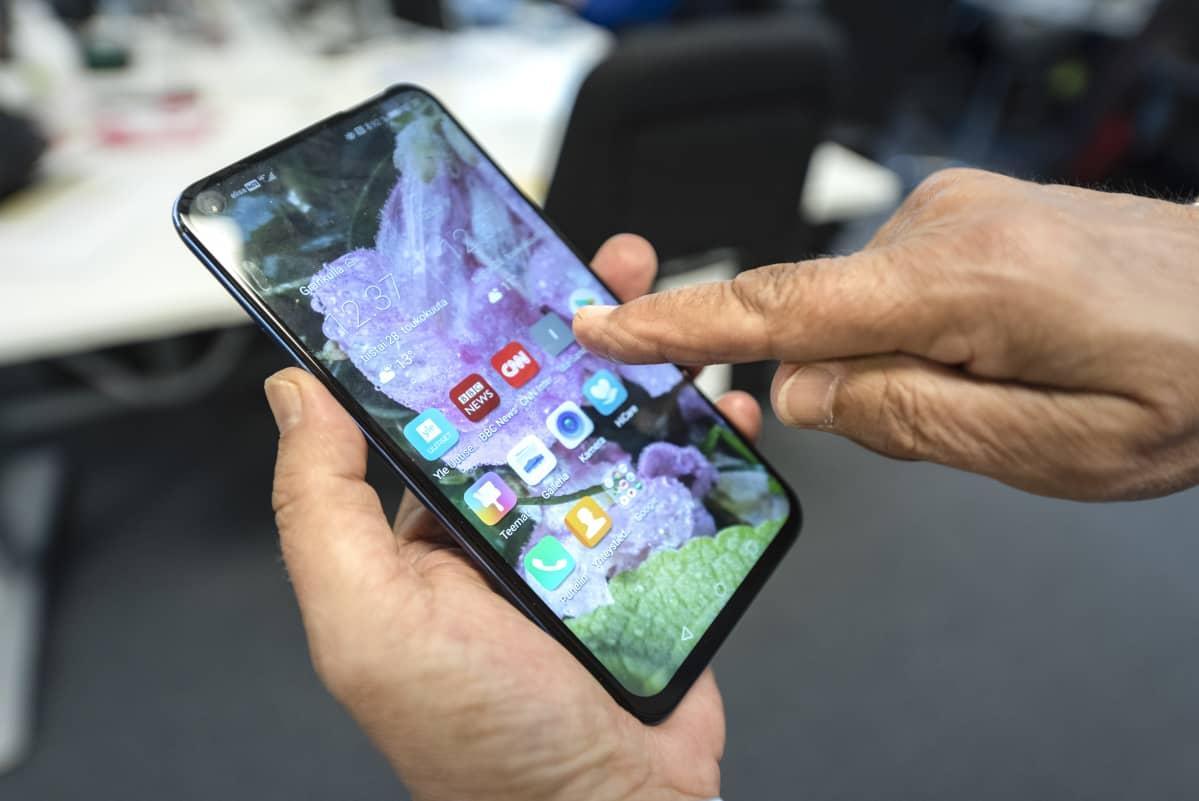 Huawei Honor View 20 kännykkä, älypuhelin