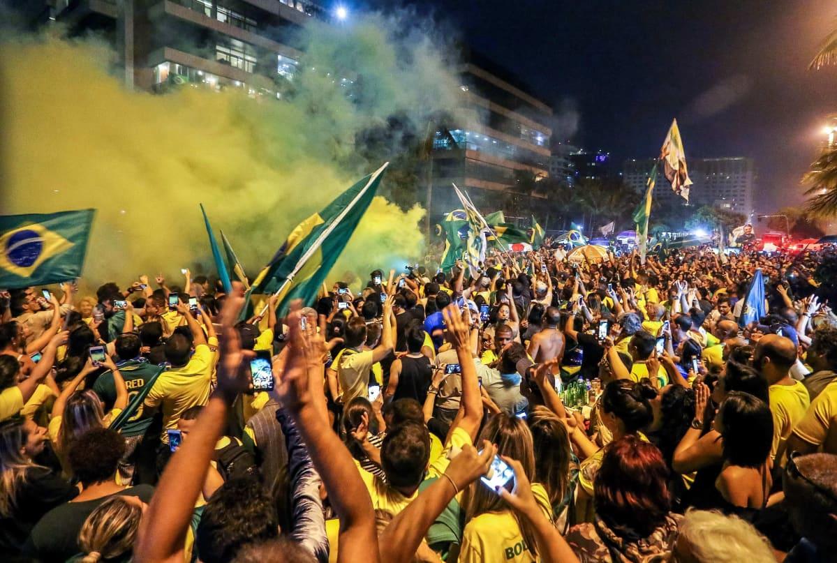 Jair Bolsonaron kannattajia