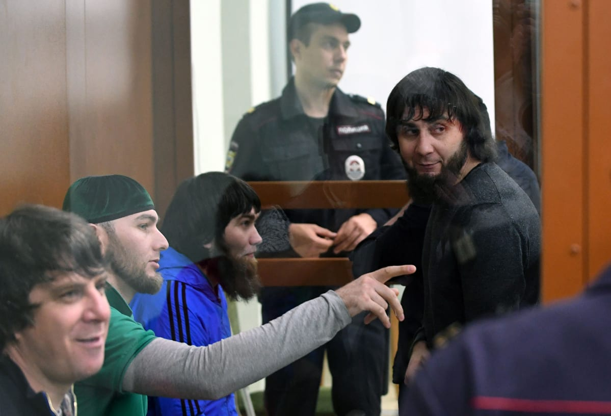 Vasemmalta Tamerlav Eskerhanov, Shadid Gubashev ja Anzor Gubashev ja oikealla Zaur Dadajev.