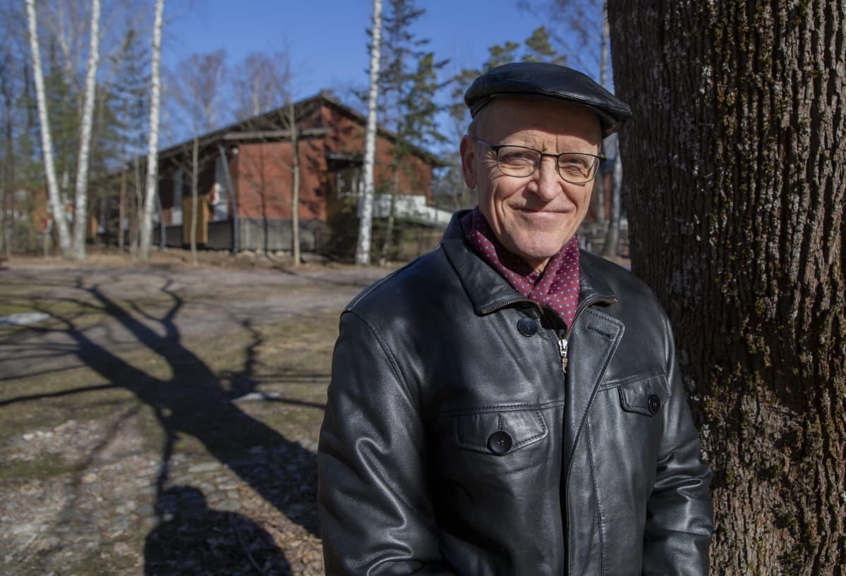 Timo Mäki Oaj:n eritysavustaja.