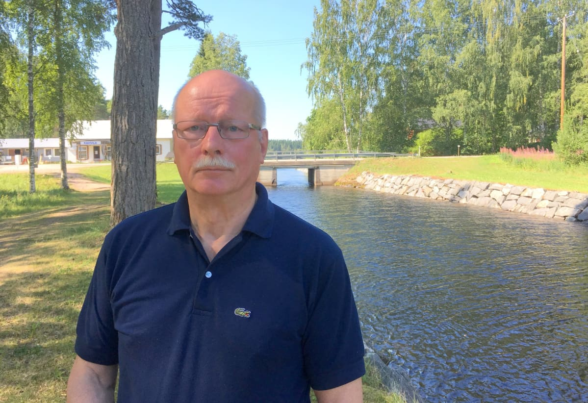 Venäjän tutkimuksen professori Timo Vihavainen Telakanavalla.