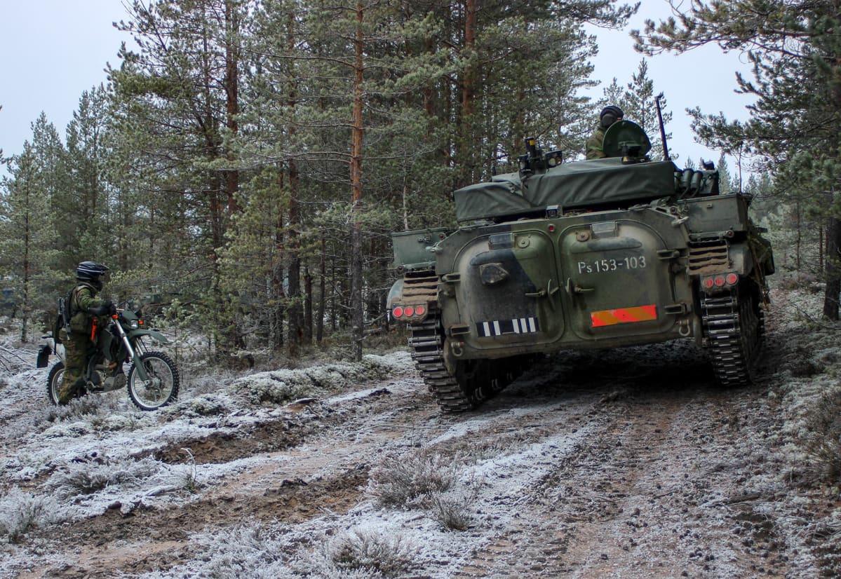 Off Roading Near Me >> Suomi Varautuu Puolustautumaan Myos Panssarisodan Keinoin
