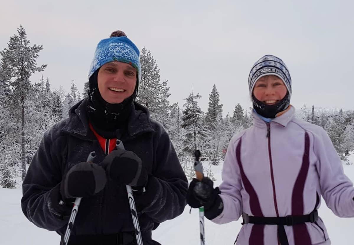 Pietarilaiset Aleksei ja Nadja Sojv Rukalla