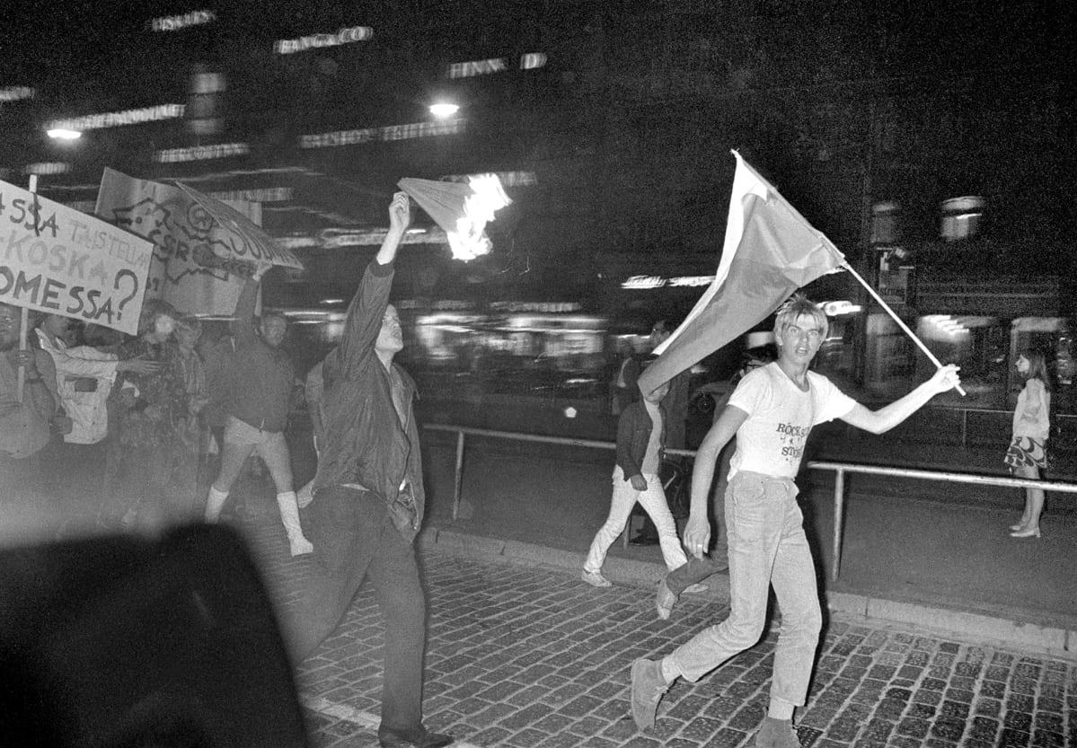 Neuvostoliiton miehitettyä Tsekkoslovakian Suomessa osoitettiin mieltä.