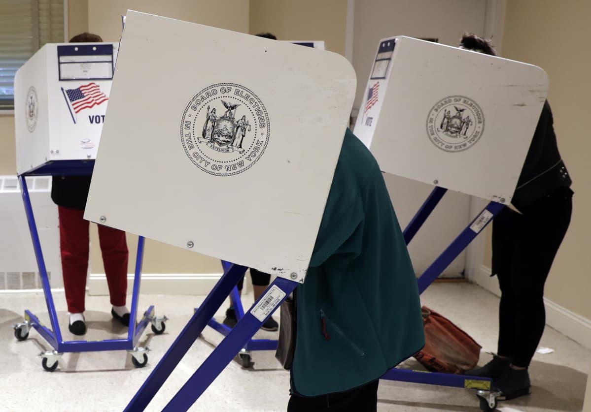 Äänestyspaikka Manhattanilla.