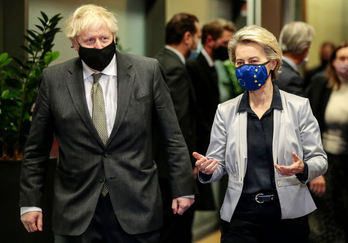 Boris Johnson ja Ursula von der Leyen Brysselissä.