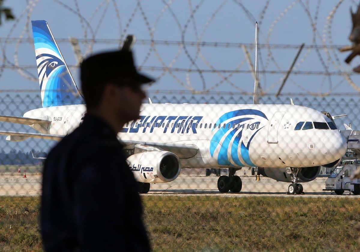 Kaapattu Egyptairin kone.