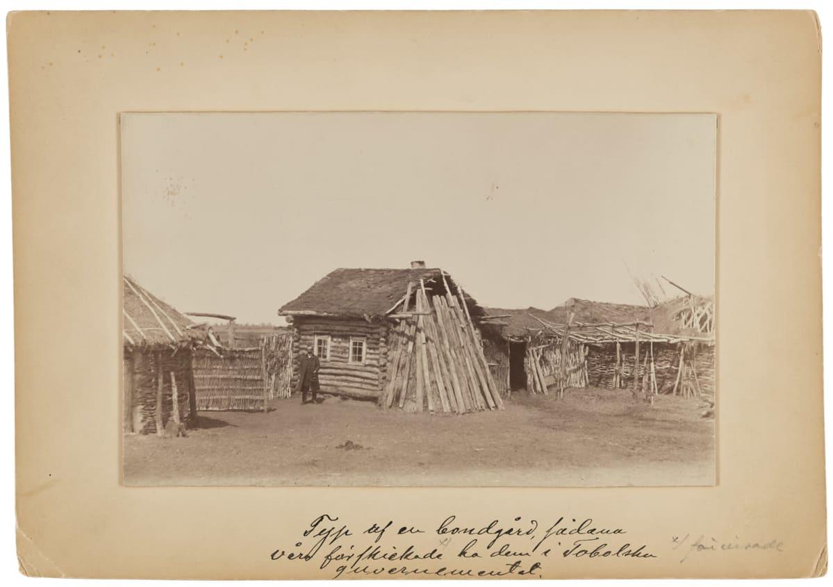 Maatila Tobolskin lähellä 1890-luvulla Venäjällä.